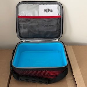 Under Armour Accessories - Under Armour Lunch Box Cooler BPA-Free Speed  Lines f47956df6679b